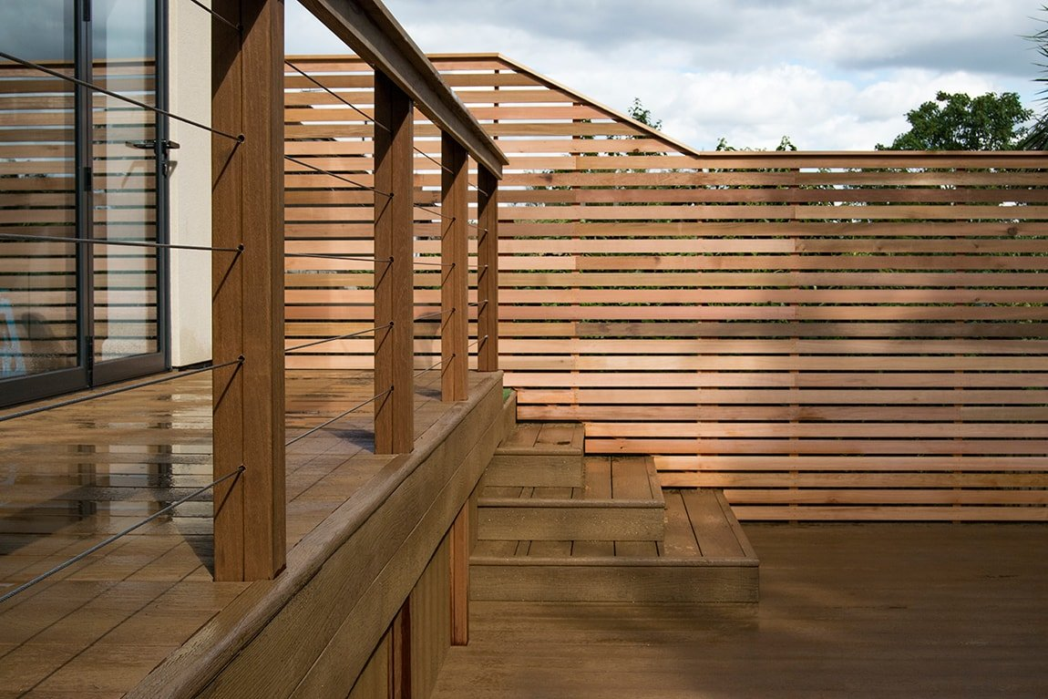 Golden oak with stainless steel wires & cedar screening, North London
